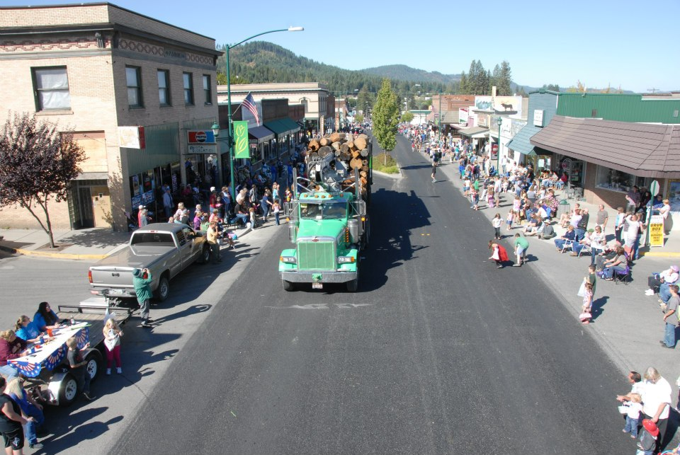 Families lined the streets Monday morning during the annual - and ever-popular - Labor Day Parade during the 2012 Paul Bunyan Day weekend celebration.